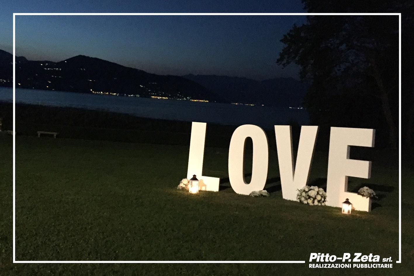 Love-scritta-polistirolo