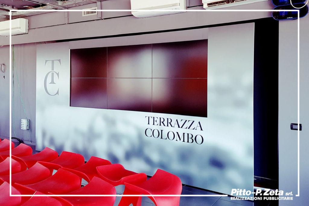 Allestimento Terrazza Colombo, studi Primocanale. Stampa digitale applicata su pannelli in forex 5mm.
